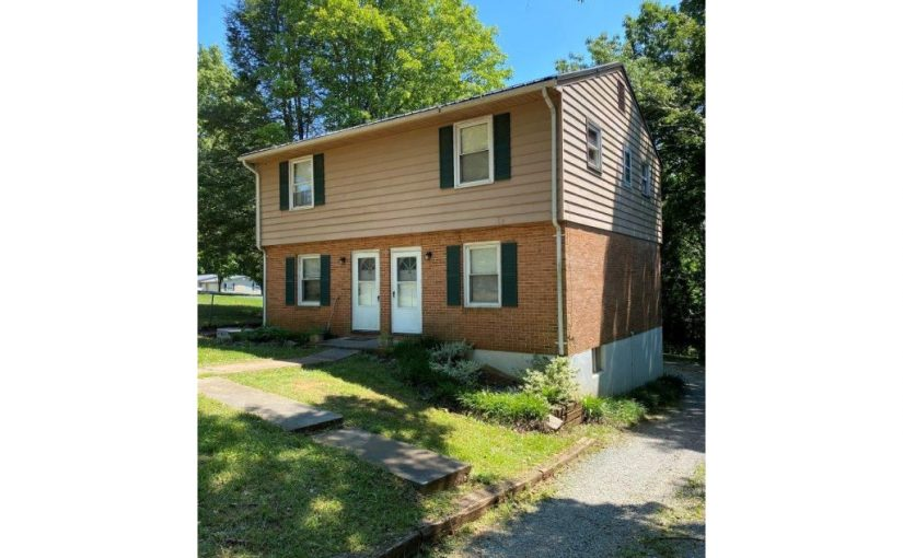 For Sale: Nice Triplex in Hardy, Virginia